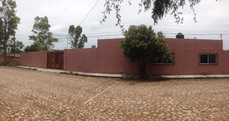 TX-1969 Amplia Casa en Venta, Santa Maria del Camino