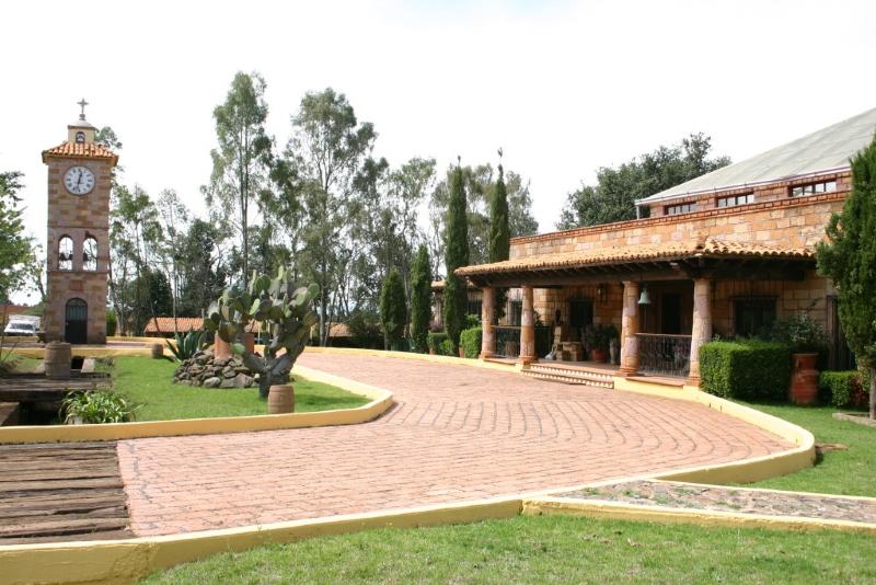 TX-2022 Rancho en Venta, Completamente Equipado, Amealco