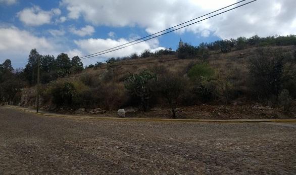 Terreno en venta en Fracc. Los Viñedos en Tequisquiapan en Qro (3)