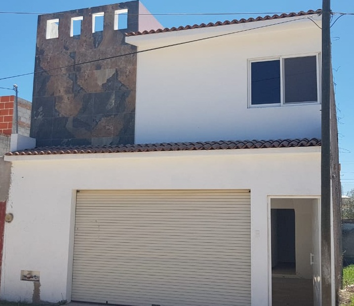 Casa en Venta en Tequisquiapan, Querétaro en Colonia Ampliación Adolfo López Mateos Tx-2263-85