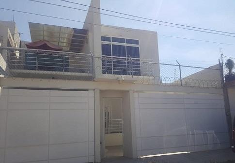 Casa en venta en Tequisquiapan, Qro. en Col. Santa Fe Tx-2302