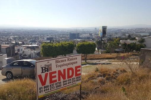 Terreno en venta Fraccionamiento Balcones Coloniales en Querétaro Tx-2303 (3)