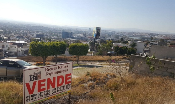 Terreno en venta Fraccionamiento Balcones Coloniales en Querétaro Tx-2303 (4)