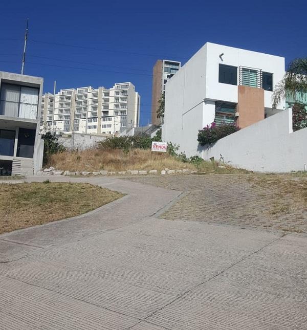 Terreno en venta Fraccionamiento Balcones Coloniales en Querétaro Tx-2303 (6)