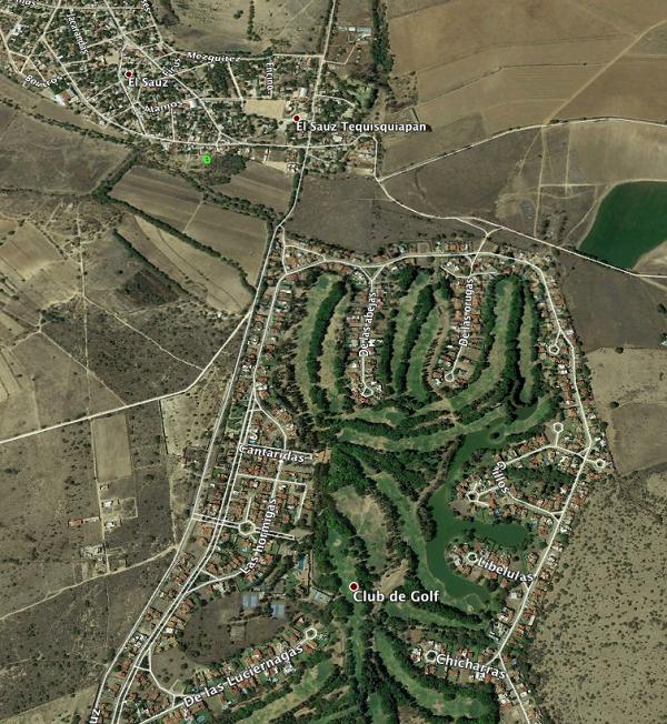 Venta en Terreno en Tequisquiapan en Querétaro en Col. Hacienda Grande Tx-2321 (3)