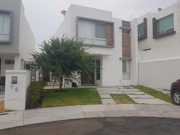 Casa en Renta en Fracc. El Refugio Privada Terrazas  en Querétaro Tx-2332
