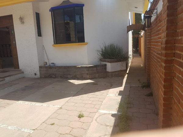 Venta de casa en Tequisquiapan en Querétaro en Colonia Adolfo López Mateos Tx-2327 (2)