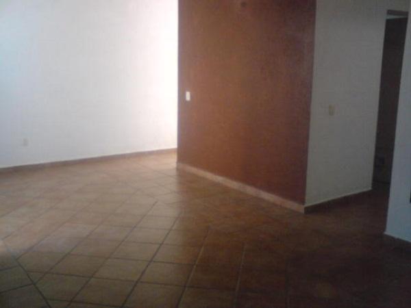 Casa en Venta en Fracc. Los Laureles en Tequisquiapan, Qro. Tx-1001-36 (3)