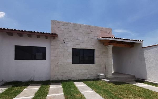Venta de casa en Tequisquiapan, Querétaro en Colonia Ampliación Adolfo López Mateos Tx-2348 (1)