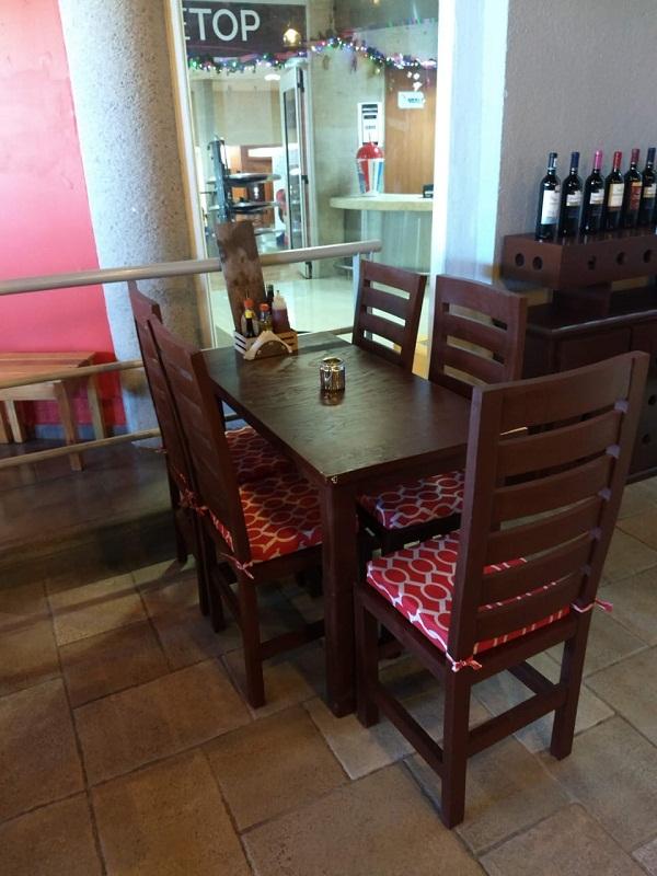 Traspaso de Stear Grill (Cortes, pastas & Pizzas) en plaza Pedregal en Tequisquiapan, Querétaro Tx-2351 (10)
