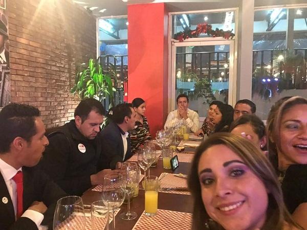 Traspaso de Stear Grill (Cortes, pastas & Pizzas) en plaza Pedregal en Tequisquiapan, Querétaro Tx-2351 (3)