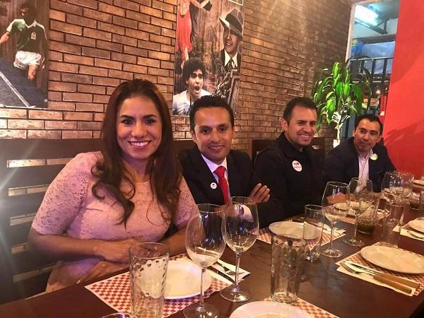 Traspaso de Stear Grill (Cortes, pastas & Pizzas) en plaza Pedregal en Tequisquiapan, Querétaro Tx-2351 (4)