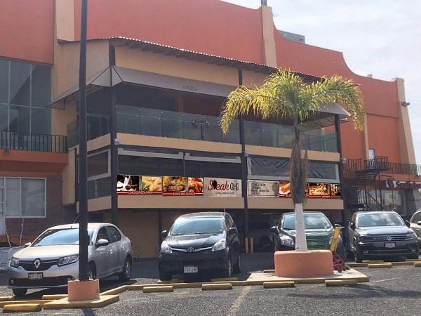 Traspaso de Stear Grill (Cortes, pastas & Pizzas) en plaza Pedregal en Tequisquiapan, Querétaro Tx-2351 (9)