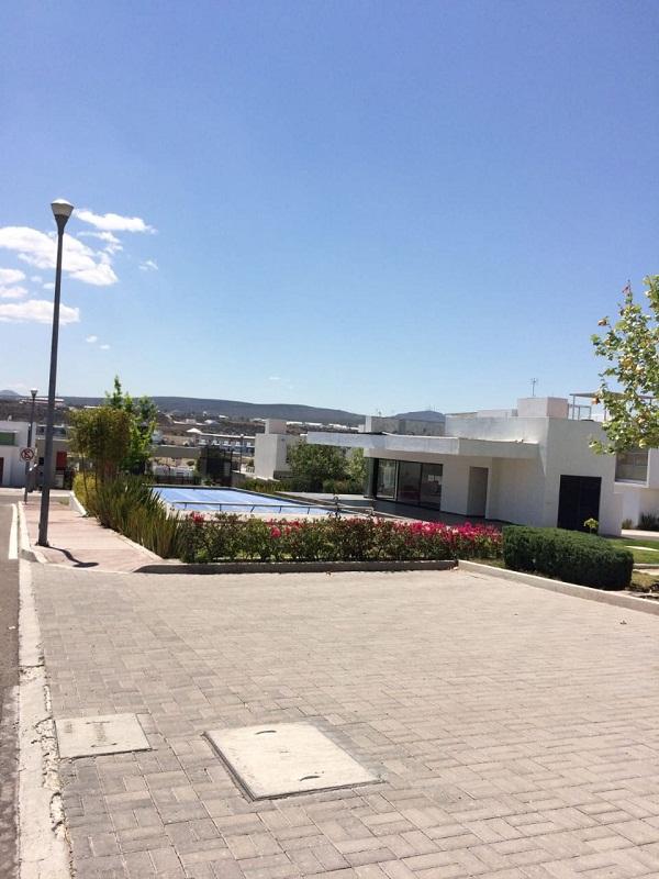 Venta de Terreno en Fraccionamiento ZEN HOUSE, Querétaro Tx-2352 (11)