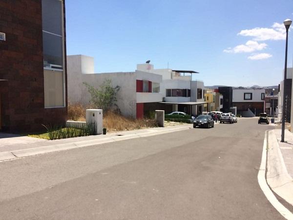 Venta de Terreno en Fraccionamiento ZEN HOUSE, Querétaro Tx-2352 (8)