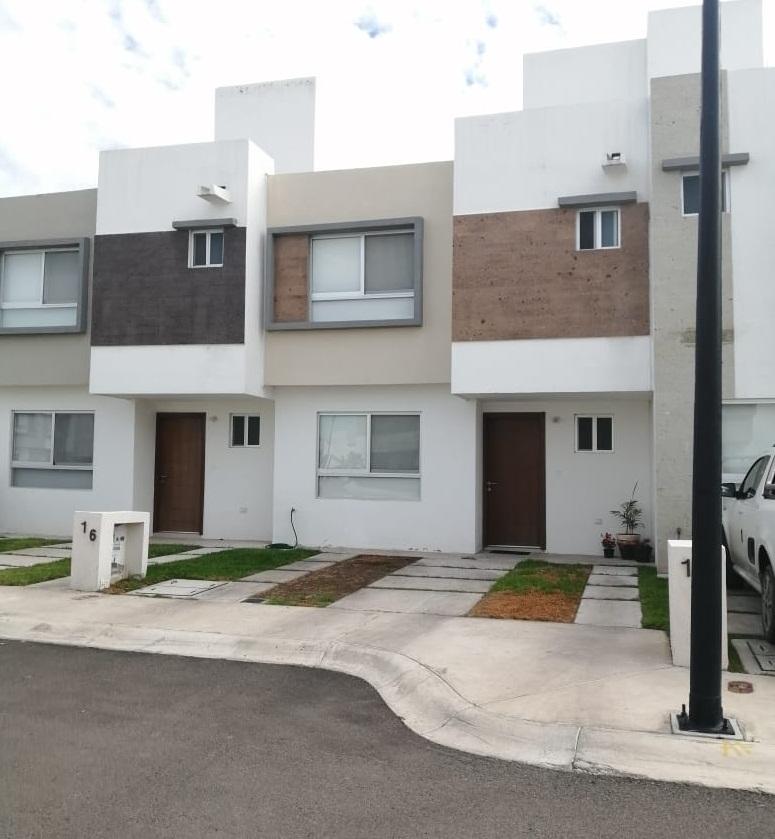 Casa en Venta en Fraccionamiento Sonterra en Querétaro Tx-2359 (7)