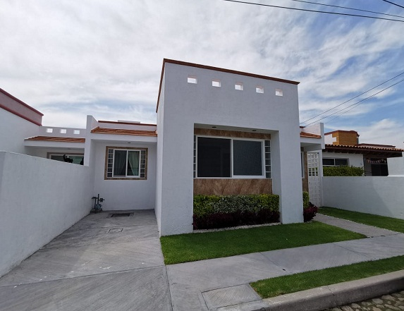 Casa en Venta en Tequisquiapan, Querétaro en Fracc. Haciendas Residenciales de Tequisquiapan Tx-2363-49