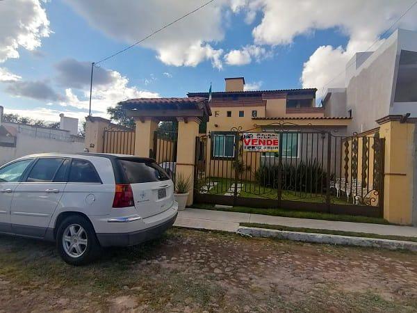 VENTA DE CASA EN FRACCIONAMIENTO HACIENDAS RESIDENCIALES Tx-2410