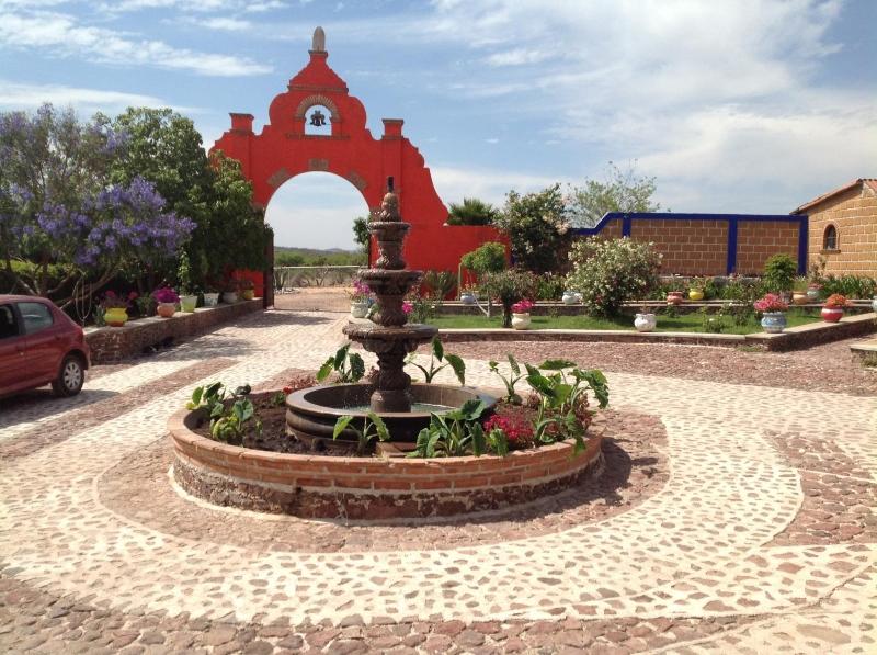 Rancho Ganadero en Venta, Totalmente Equipado Tequisquiapan Poblado El Tejocote