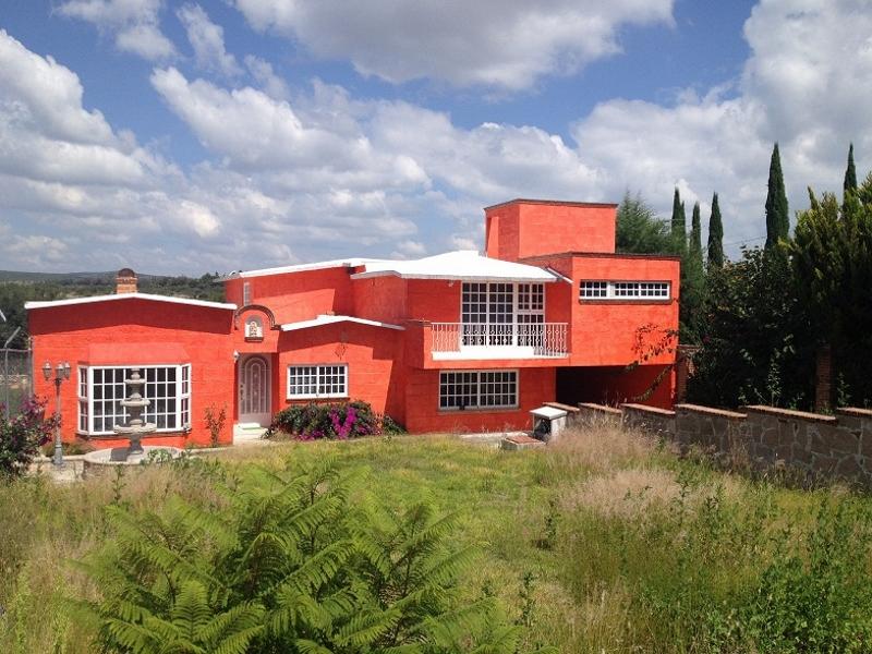 Casa en Venta en Fracc. Los Viñedos, Tequisquiapan, Qro. Tx-1865-55 (Suspendida Temporalmente)
