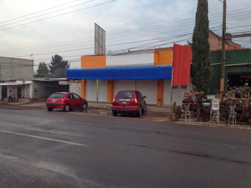TX-1728 Local Comercial en Venta, Bordo Blanco Tequisquiapan