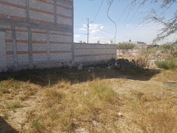 VENTA DE TERRENO EN COL. SANTA FE TEQUISQUIAPAN QRO. Tx-2305