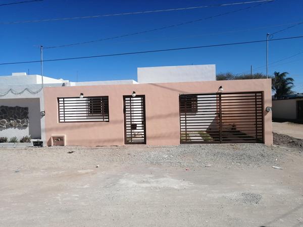 VENTA DE CASA EN COL. ADOLFO LOPEZ MATEOS TEQUISQUIAPAN QRO. TX-2404