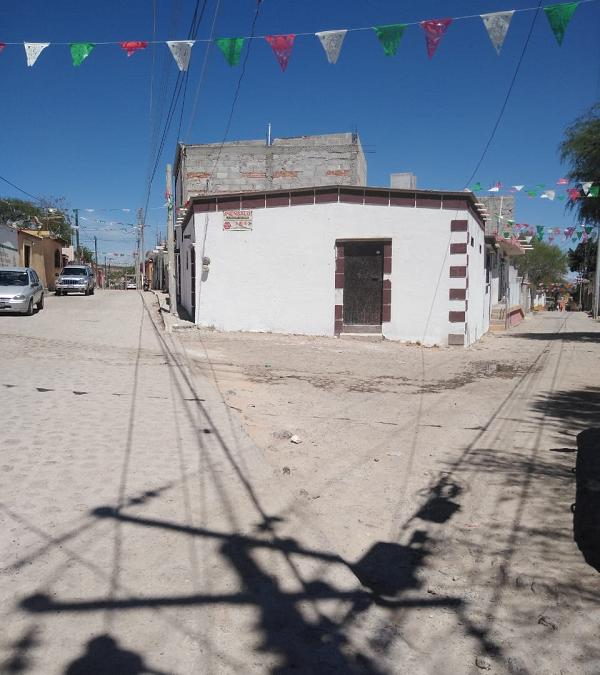 EN VENTA CASA EN MUNICIPIO DE FUENTEZUELAS, TEQUISQUIAPAN QRO. TX-2436