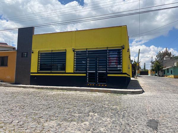 LOCAL COMERCIAL EN RENTA EN COL. SANTA FE TEQUISQUIAPAN QUERETARO TX-2447